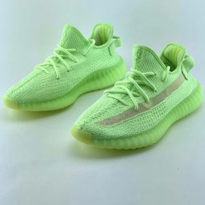 İTHAL YEEZY BOOST 350 V2